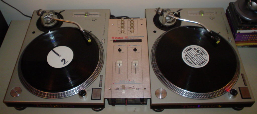 platos-mixer-canciones-hip-hop