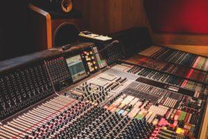 mesa-grabación-mezcla-canciones
