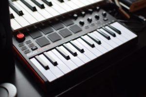 teclado-controlador-midi