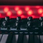 Detalle de teclado Midi Akai