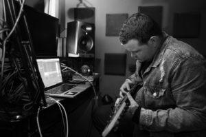 Músico en Home studio