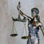 La ley y la composición de canciones