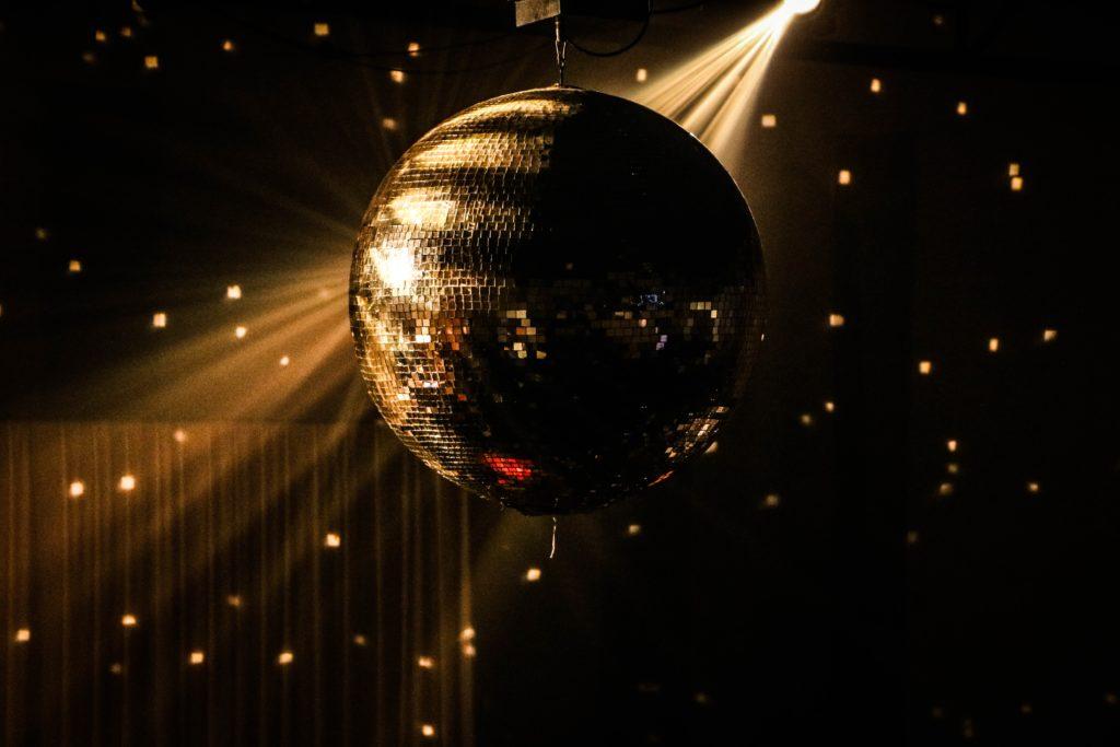 Orígenes de la música disco Ball