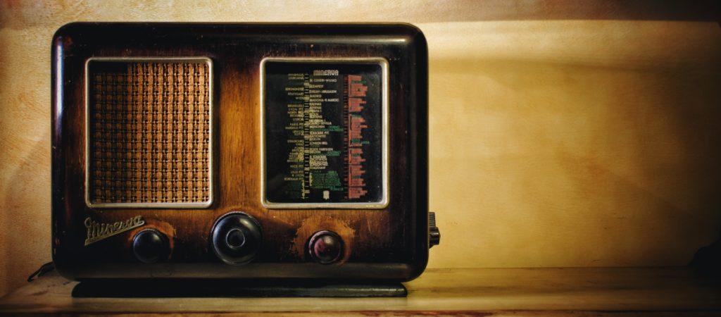 radio y canciones